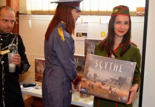 Scythe je již ve vybraných obchodech v prodeji