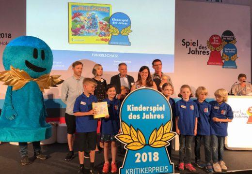 Cenu Kinderspiel des Jahres 2018 získala hra Funkelschatz