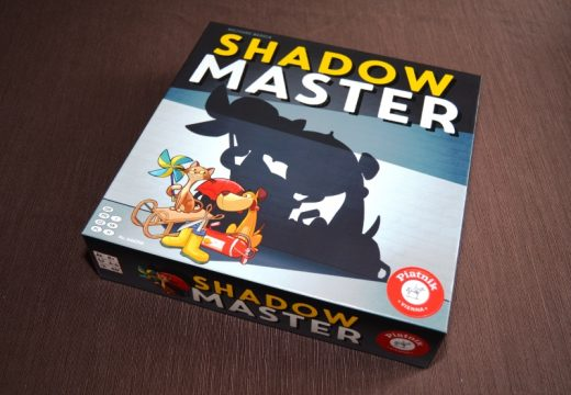 Shadow Master je o hře stínů