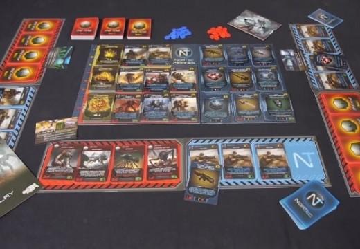 Deskofobie představuje karetní hru XenoShyft