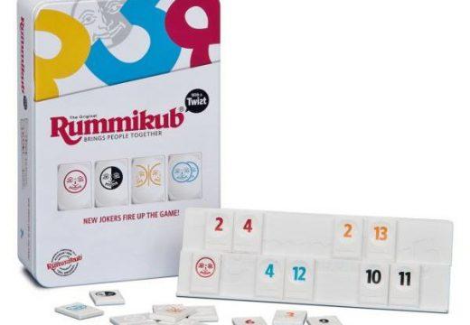 Piatnik má novou verzi hry Rummikub v praktické plechové krabičce