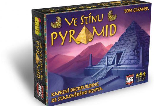 Ve stínu pyramid je nový deckbuilding v češtině
